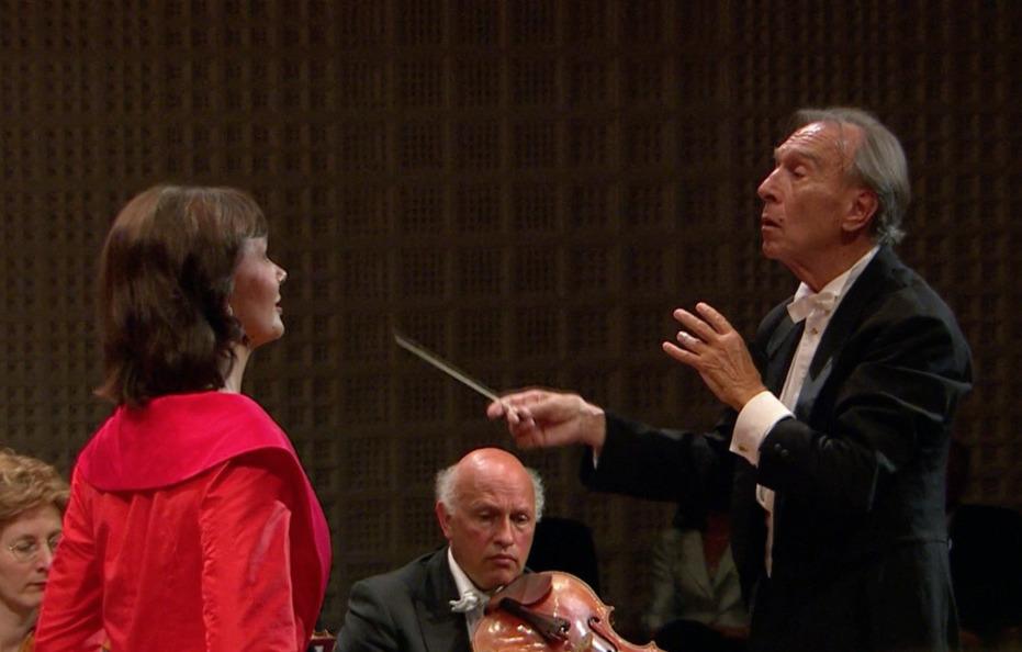 マーラー交響曲第3番を指揮するクラウディオ・アバド(2007年)