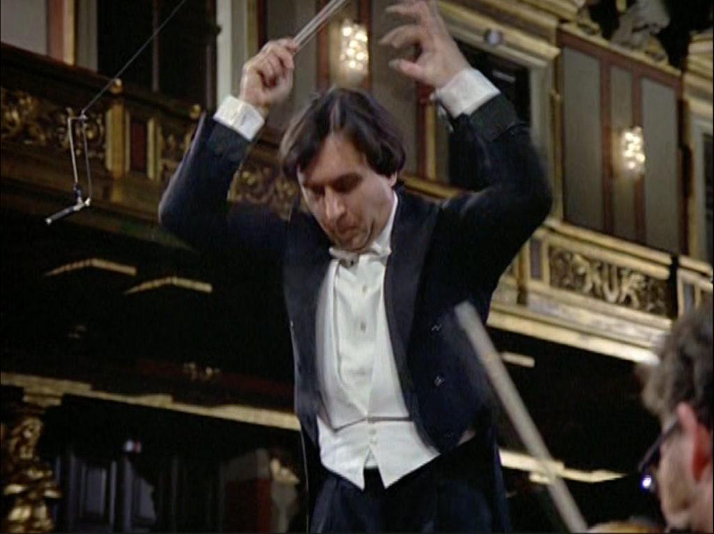 ブラームスのピアノ協奏曲第2番を指揮するクラウディオ・アバド
