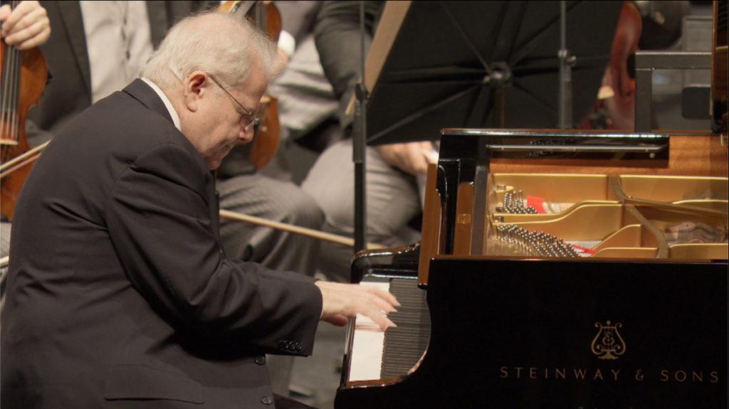 ベートーヴェンのピアノ協奏曲第4番を弾くエマニュエル・アックス