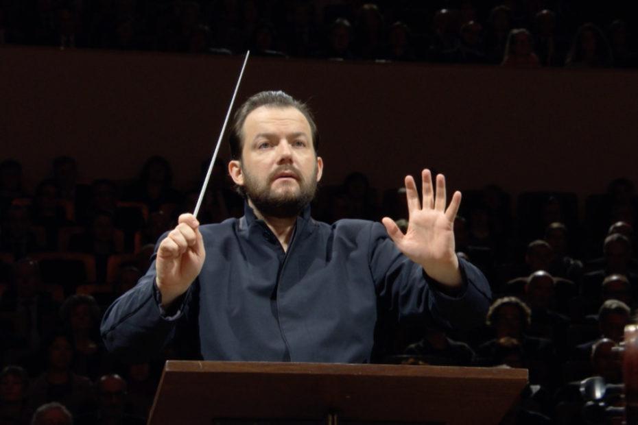 チャイコフスキーの交響曲第6番「悲愴」を指揮するアンドリス・ネルソンス。(c) Accentus