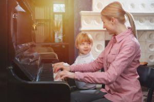 ピアノレッスンのイメージ図
