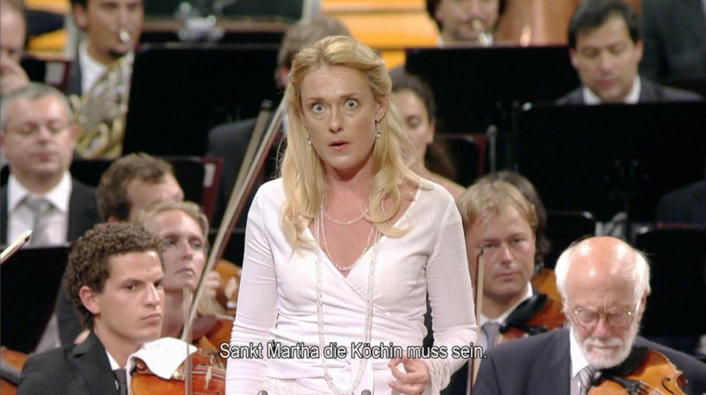 マーラー交響曲第4番の第4楽章を歌うマグダレーナ・コジェナ (c) EuroArts