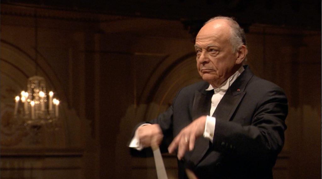 マーラー交響曲第6番「悲劇的」を指揮するロリン・マゼール。2011年 (c) RCO Live